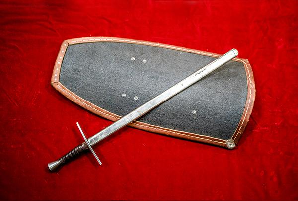Sword & Shield ソード&シールド