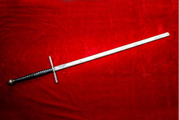 ロングソード(両手剣) Two-handed Sword